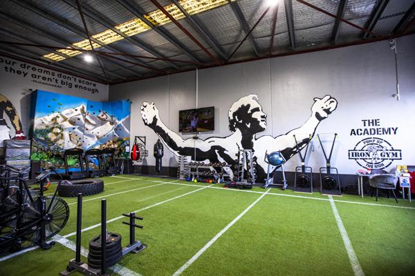 Iron Gym Platinum functional floor area